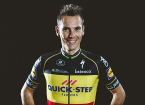 Tour de France: Philippe Gilbert spends two hours at doping control