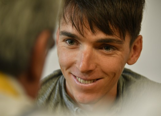 Romain Bardet out of training for two weeks: My injury is more embarrassing than serious