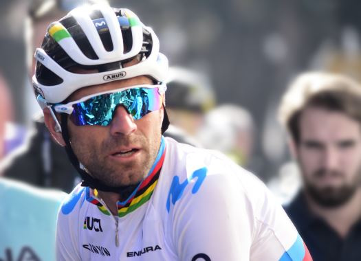 Vuelta a España - Alejandro Valverde: My wrist hurts a bit, but I don't think it's serious